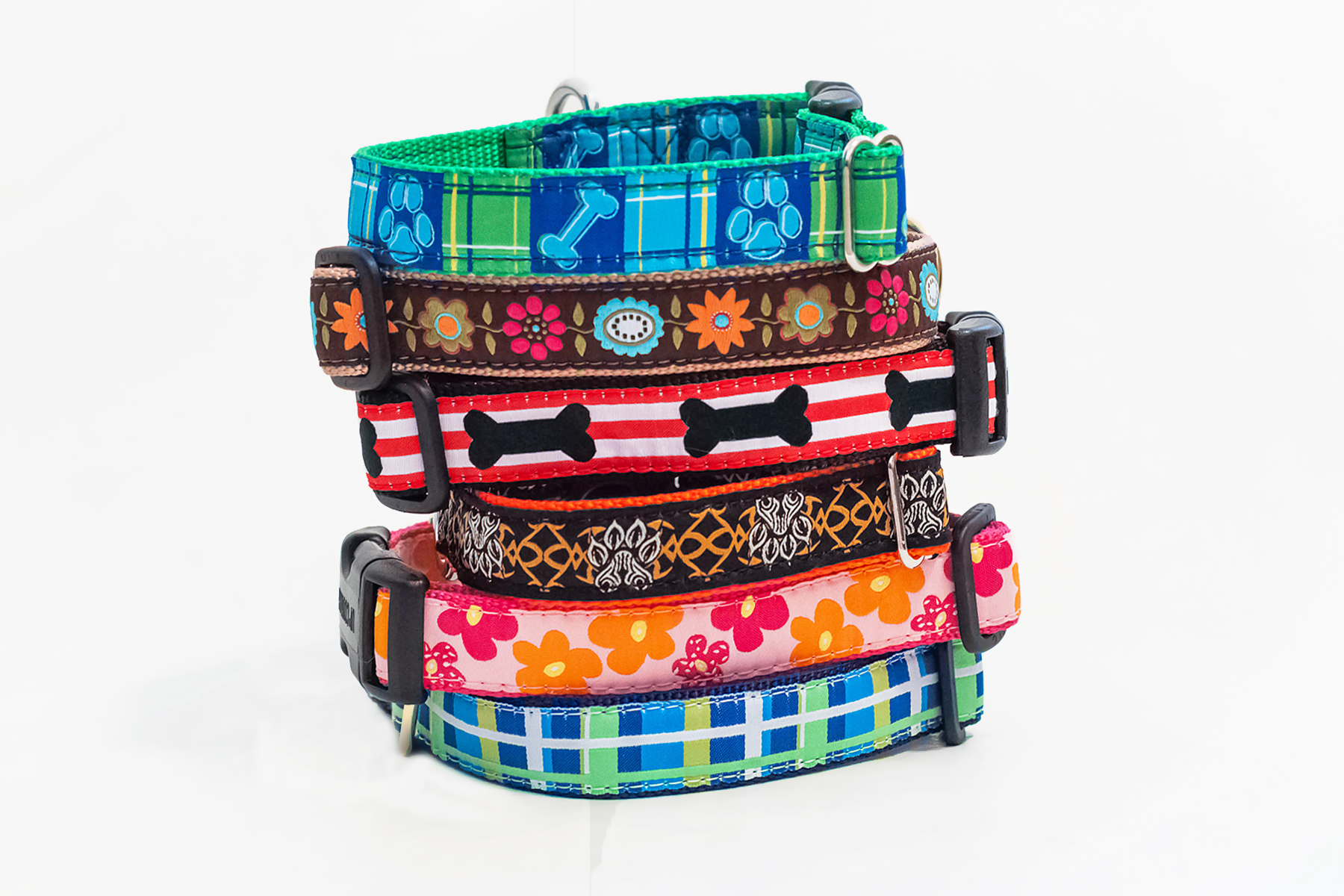 Up Country & Designer Dog Collars/Leashes- 2 Pages of Designs