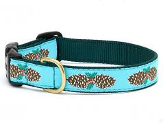 "Dog Collars: 5/8"" or 1"" Wide Holiday, Christmas PineCones Clip Collar"