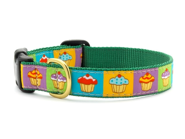 "Dog Collars: 5/8"" or 1"" Wide Cupcakes Clip Collar"